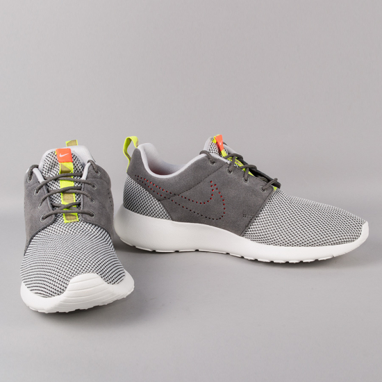 Nike Roshe Run Dusty Grey | iVIP BlackBox