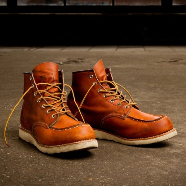 Redwing Work Wedge Boot Red Leather | iVIP BlackBox