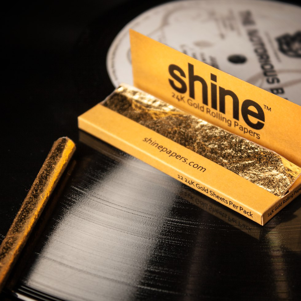 24k gold rolling papers for sale Welcome please enter your date of birth shine® white gold 2-sheet pack shine® black rolling tray.
